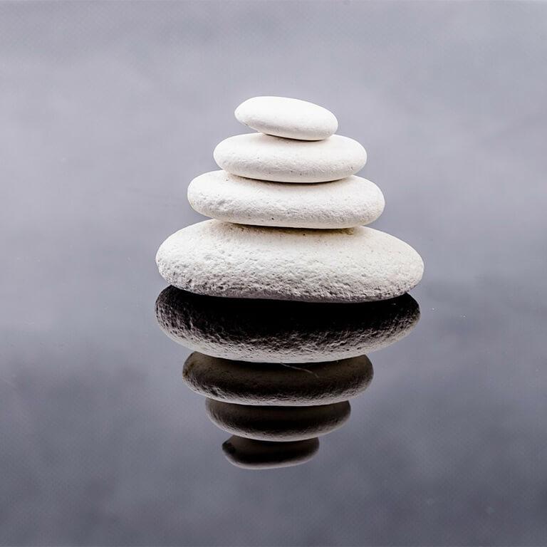 coachen-stone-316225_1280